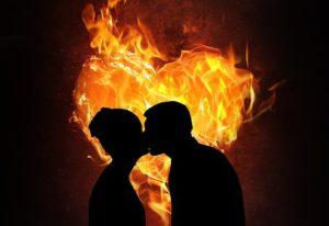 coeur en flame avec couple