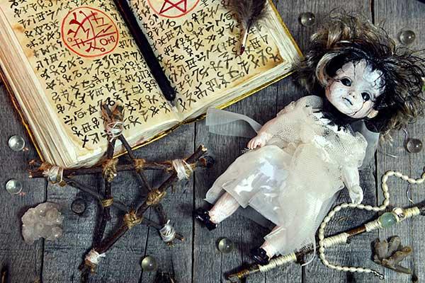 Travaux occultes et rituels de magie